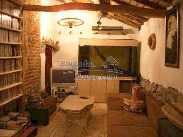 11618:5 - Very beautiful and cheap renovated country house near Elhovo