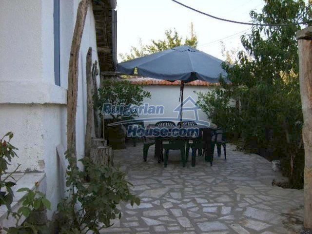 11618:20 - Very beautiful and cheap renovated country house near Elhovo