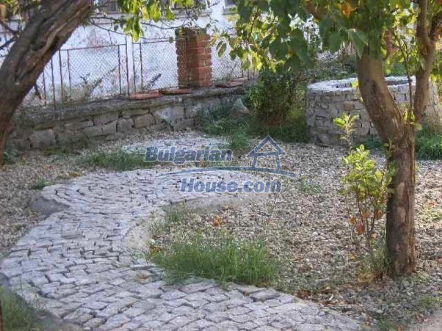11618:21 - Very beautiful and cheap renovated country house near Elhovo