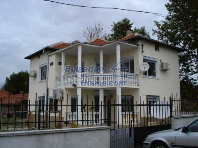 11623:1 - House with a sunny garden and a lovely swimming pool - Elhovo