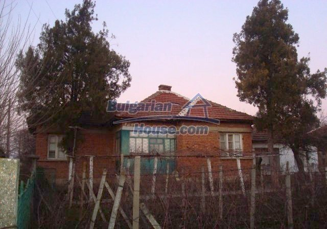 11624:1 - Cheap Bulgarian property for sale near Danube and Romania