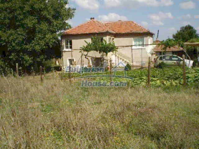 11639:3 - Cozy and well presented rural house near a large dam - Elhovo