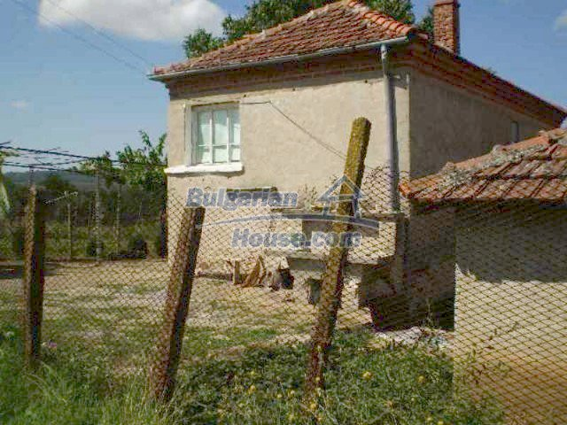 11639:6 - Cozy and well presented rural house near a large dam - Elhovo