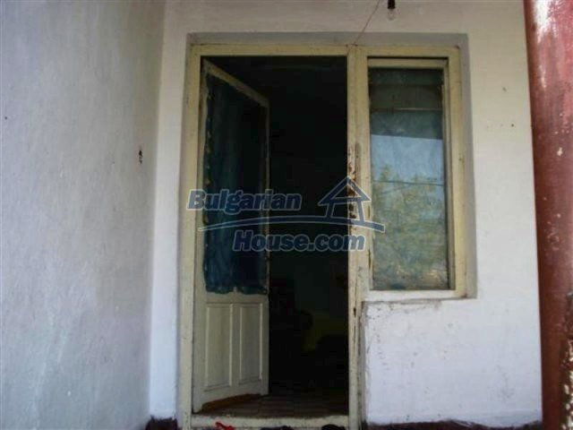 11640:3 - Cheap and cozy house in good condition in Elhovo
