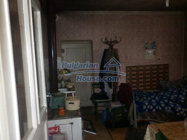 11642:4 - Very beautiful and cheap rural house 40 km from Vratsa