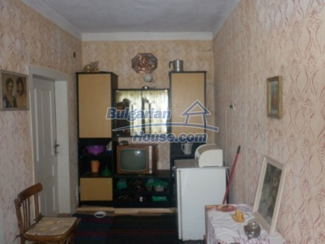 11642:5 - Very beautiful and cheap rural house 40 km from Vratsa