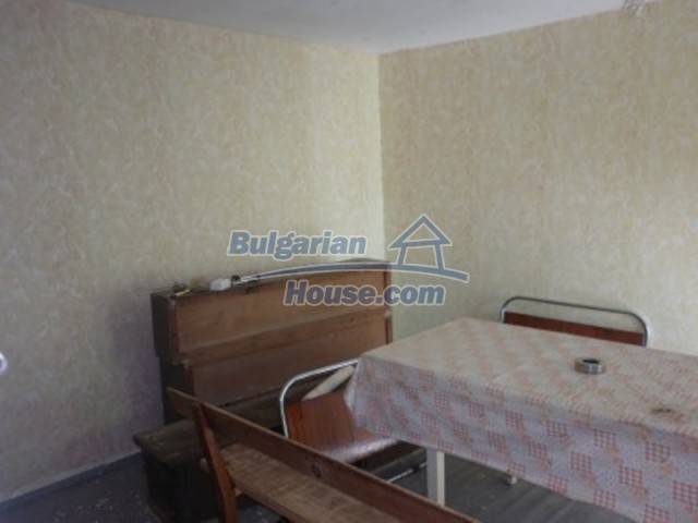 11643:9 - Massive and well presented house near Vratsa and Iskar River