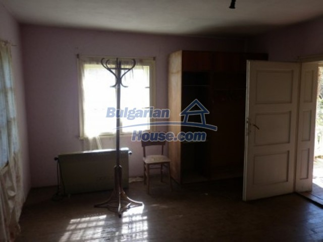 11643:18 - Massive and well presented house near Vratsa and Iskar River