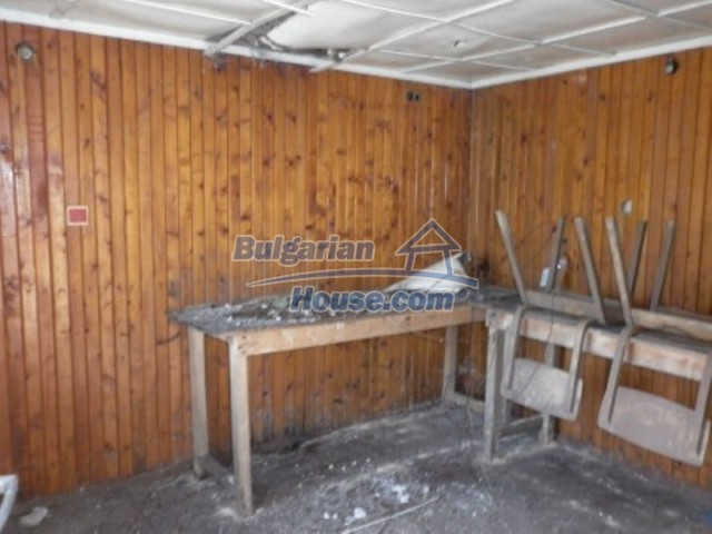 11643:21 - Massive and well presented house near Vratsa and Iskar River