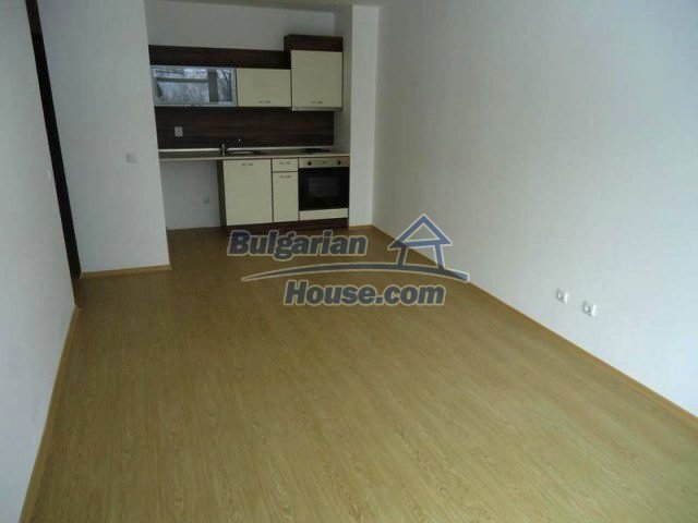 11644:3 - Elegant partially furnished apartment in Bansko near ski lift