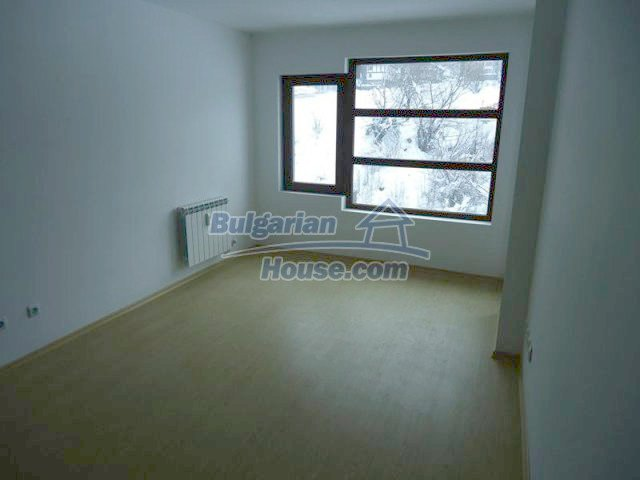 11644:6 - Elegant partially furnished apartment in Bansko near ski lift