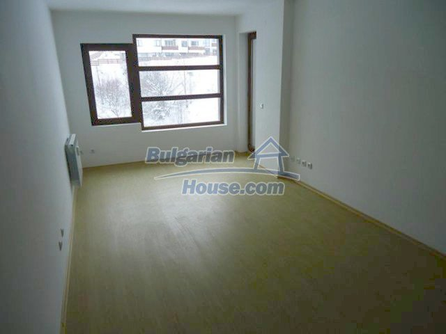 11644:9 - Elegant partially furnished apartment in Bansko near ski lift