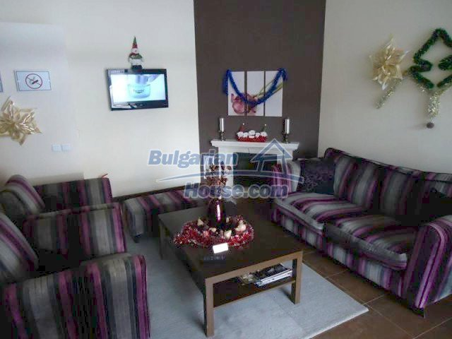 11644:21 - Elegant partially furnished apartment in Bansko near ski lift
