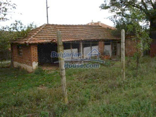 11648:8 - Well presented country house 2 km away from a dam lake