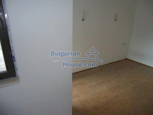 11655:2 - Cheap partially furnished studio in Bansko
