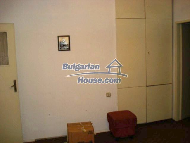 11656:11 - Functional furnished apartment in a quiet area in Elhovo