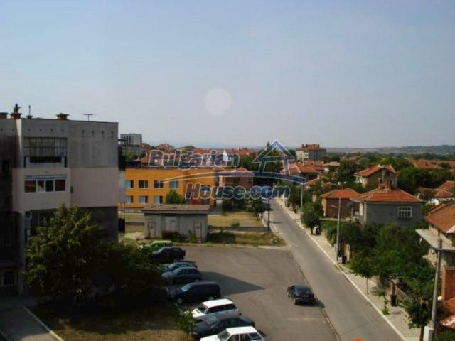 11656:14 - Functional furnished apartment in a quiet area in Elhovo