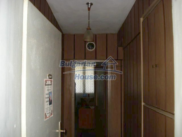 11661:8 - Very well presented apartment in the center of Elhovo town