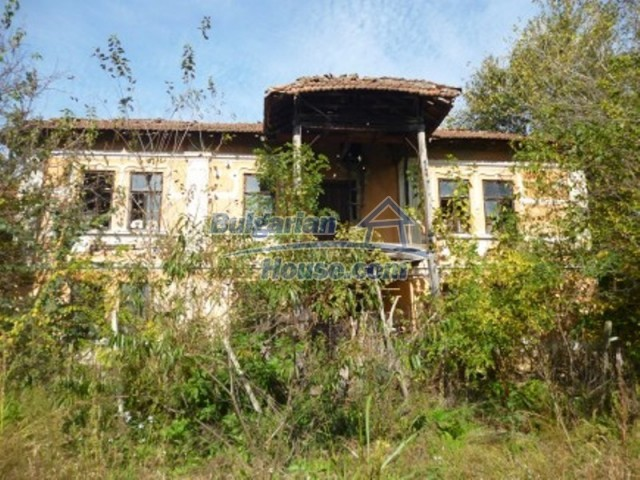 11668:4 - Two nice cheap houses and a huge garden 25 km from Danube River