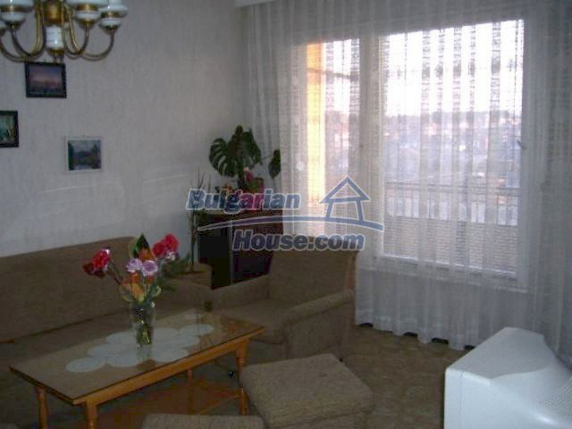 11671:3 - Cheap and comfortable apartment in Elhovo town