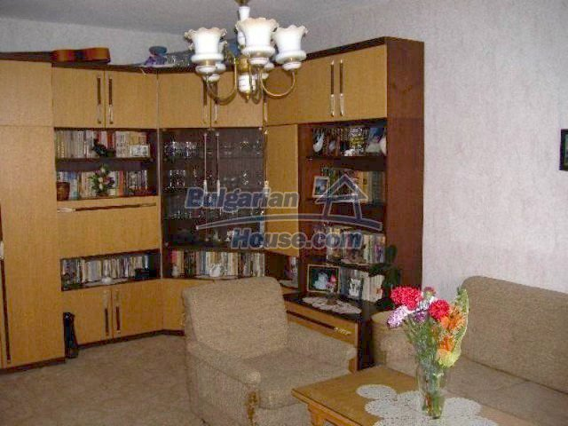 11671:4 - Cheap and comfortable apartment in Elhovo town