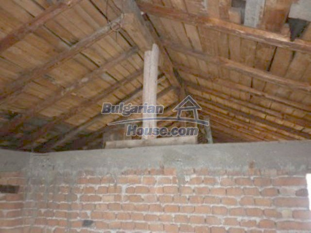 11680:13 - Very cheap large country house with a garden near Vratsa