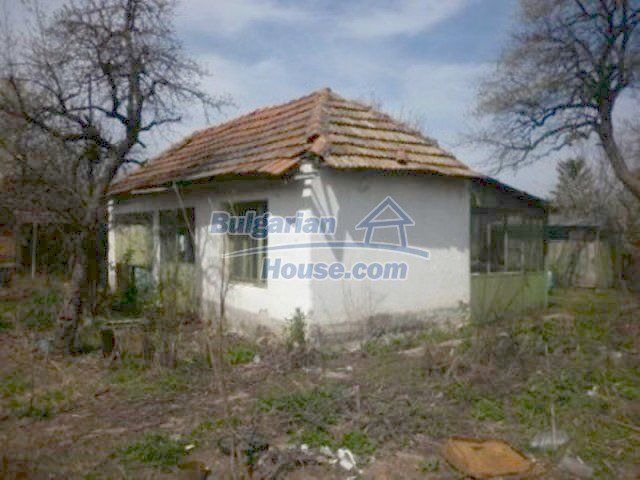 11680:17 - Very cheap large country house with a garden near Vratsa