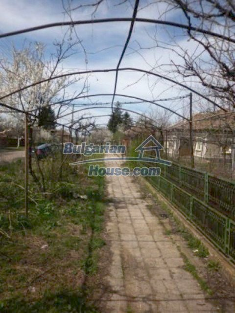 11680:19 - Very cheap large country house with a garden near Vratsa