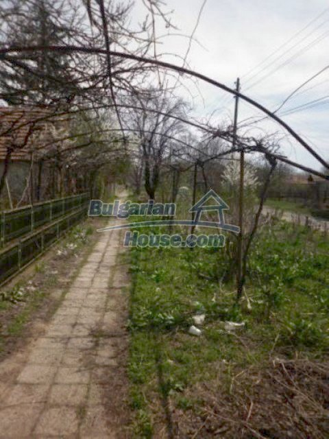 11680:20 - Very cheap large country house with a garden near Vratsa