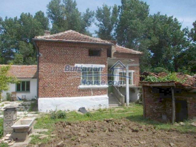 11684:2 - Marvelous country home near Elhovo at very low price