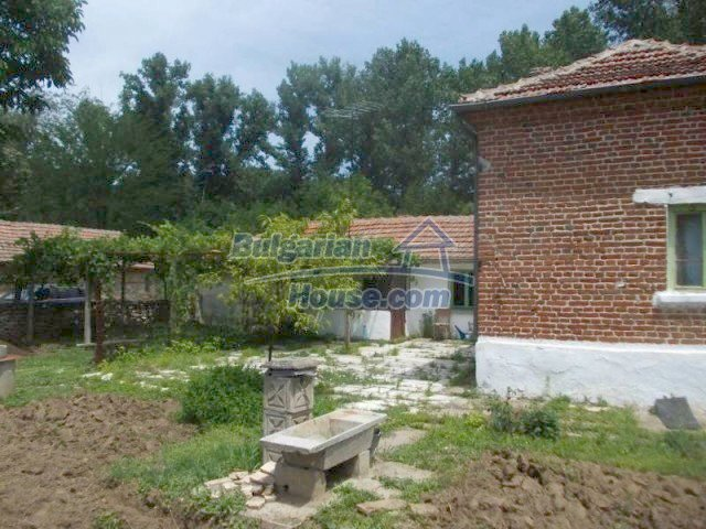 11684:4 - Marvelous country home near Elhovo at very low price