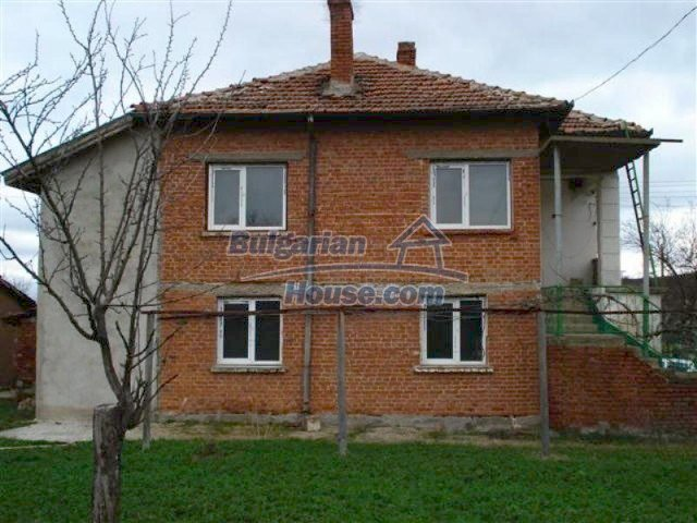 11685:4 - Cheap rural house in an exceptionally nice Bulgarian countryside