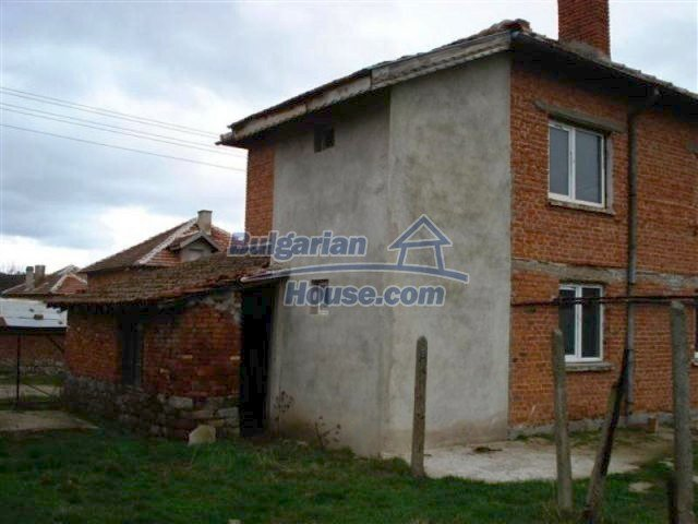11685:5 - Cheap rural house in an exceptionally nice Bulgarian countryside