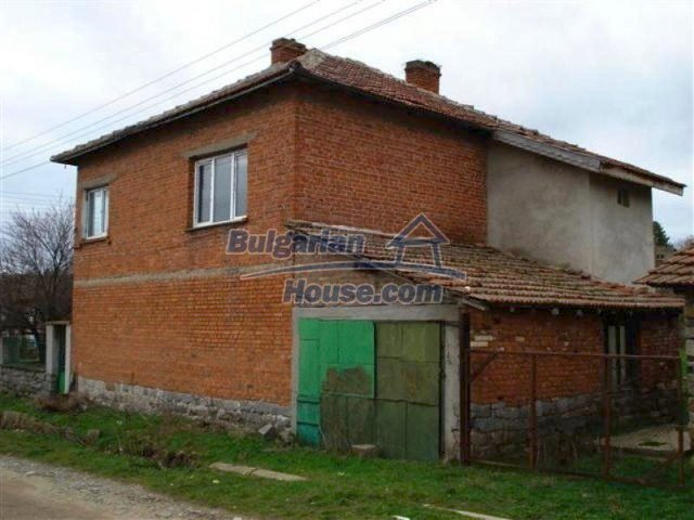 11685:6 - Cheap rural house in an exceptionally nice Bulgarian countryside