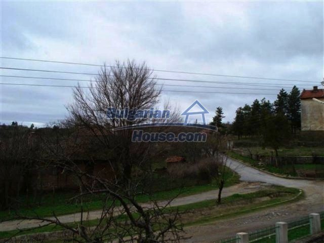 11685:26 - Cheap rural house in an exceptionally nice Bulgarian countryside