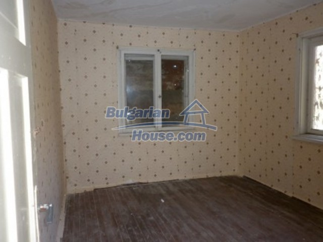 11688:12 - Compact and beautiful house near a small river - Vratsa