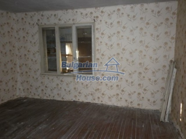 11688:13 - Compact and beautiful house near a small river - Vratsa