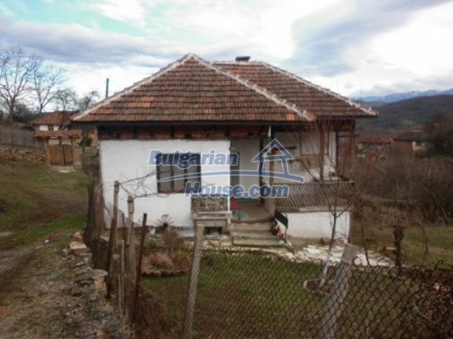 11691:2 - Inherently Bulgarian house in the mountains near Vratsa