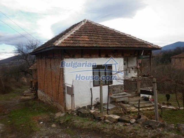 11691:3 - Inherently Bulgarian house in the mountains near Vratsa