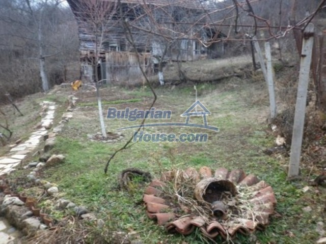 11691:5 - Inherently Bulgarian house in the mountains near Vratsa