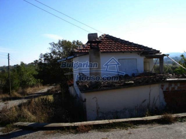 11693:1 - Nice house with a huge garden near Yambol – lovely panorama