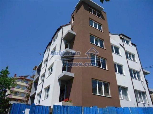11694:9 - Cheap coastal apartments in Tsarevo with captivating sea views