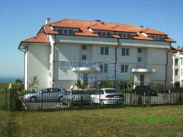 11695:2 - Utterly completed coastal apartment in Burgas city
