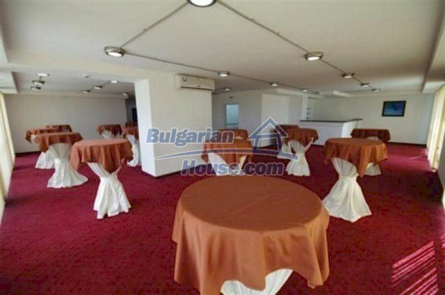 11696:14 - Luxury elegant seaside apartment 200 m from the beach in Burgas