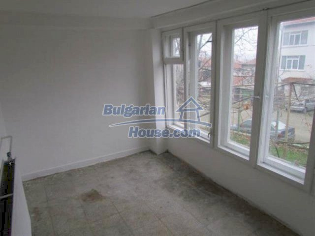 11698:10 - Beautiful spacious coastal three-storey house 6 km from Burgas