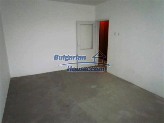 11698:16 - Beautiful spacious coastal three-storey house 6 km from Burgas