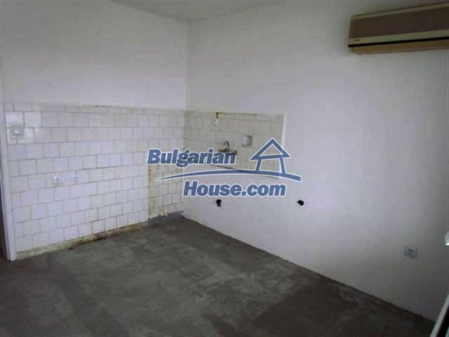 11698:18 - Beautiful spacious coastal three-storey house 6 km from Burgas