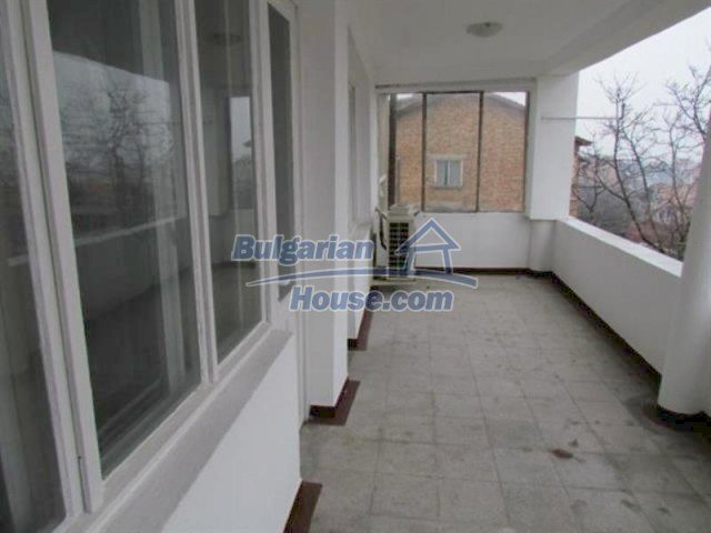 11698:23 - Beautiful spacious coastal three-storey house 6 km from Burgas