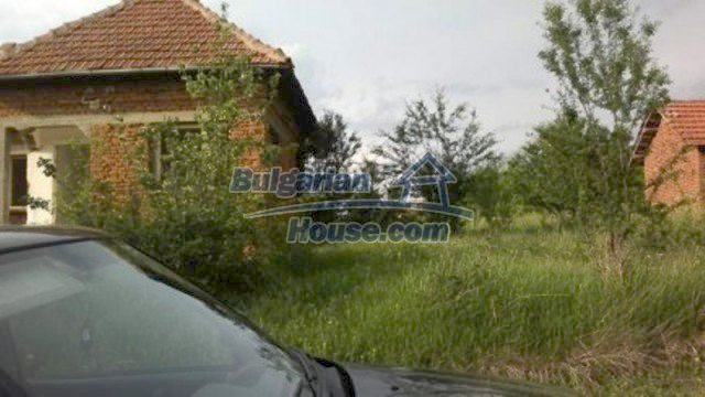 11702:3 - Lovely country house with a huge plot of land near Vratsa