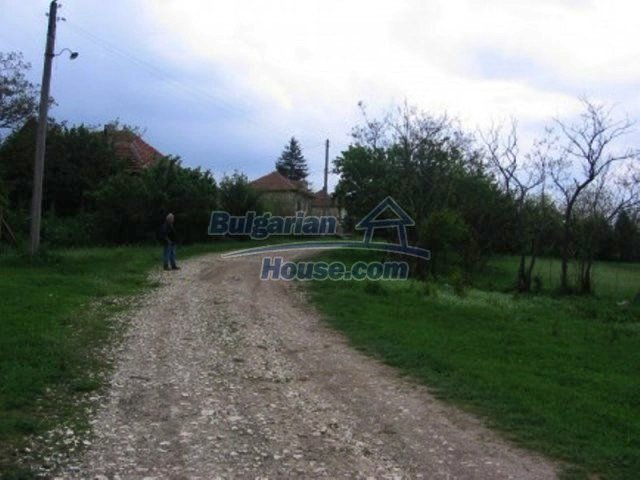 11702:7 - Lovely country house with a huge plot of land near Vratsa